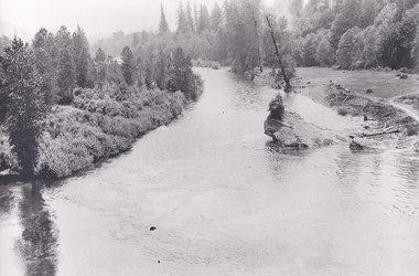 Kipling Rock on the Clackamas River in Oregon